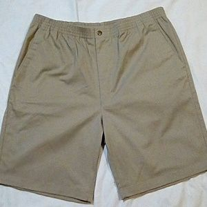 Travel Smith Tan Shorts Elastic Waist Size: L